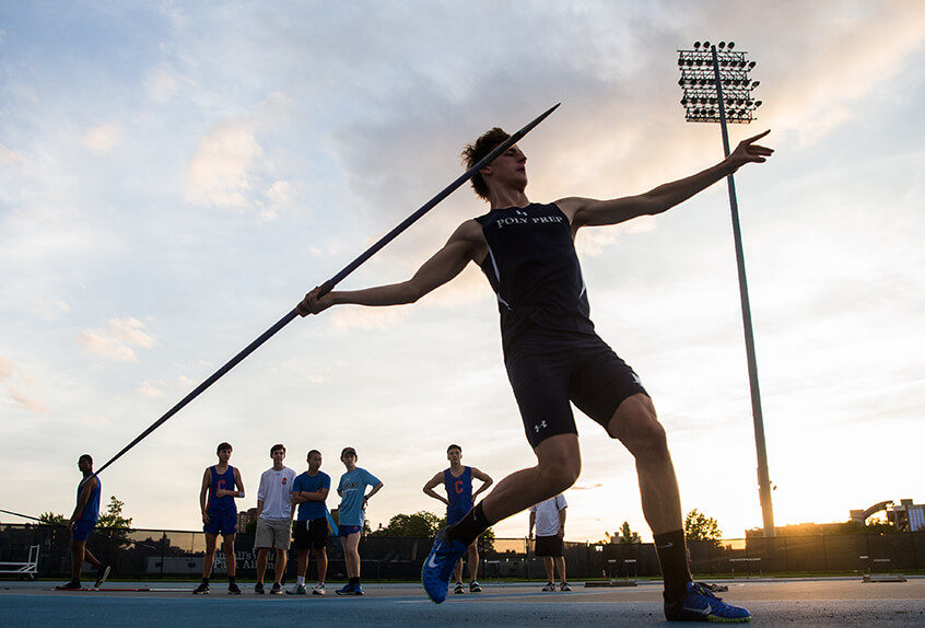 track and field spear throw