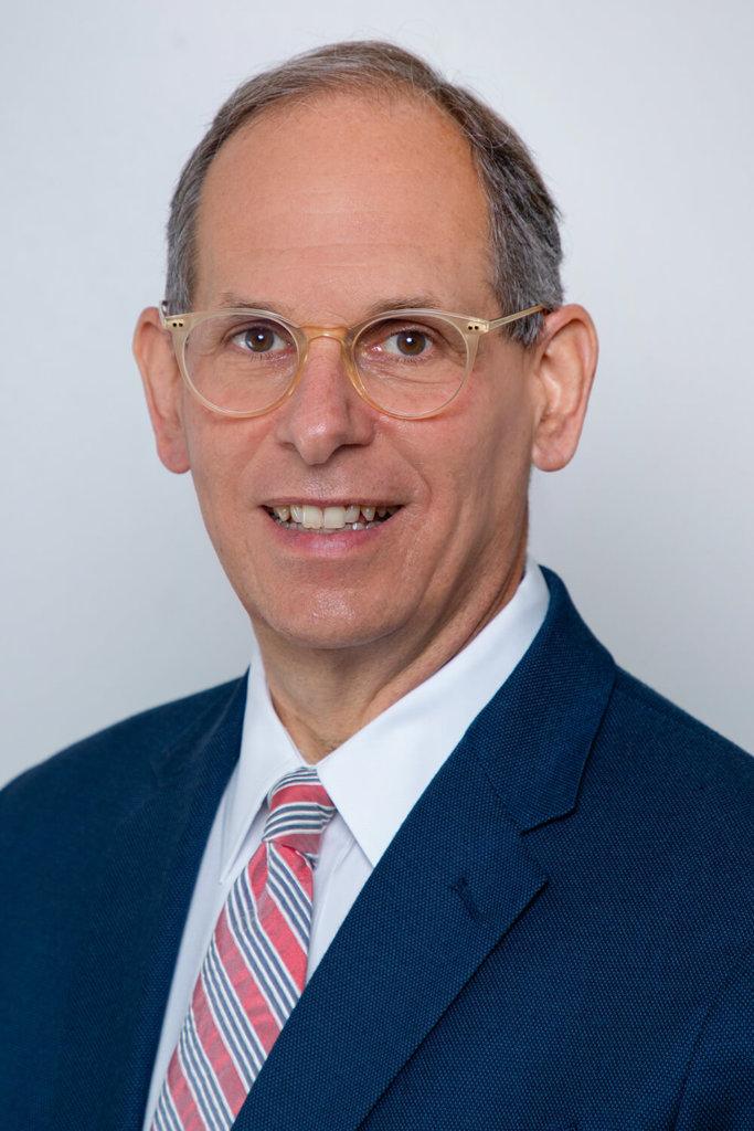 Poly alum Dr. Neil Schluger '77