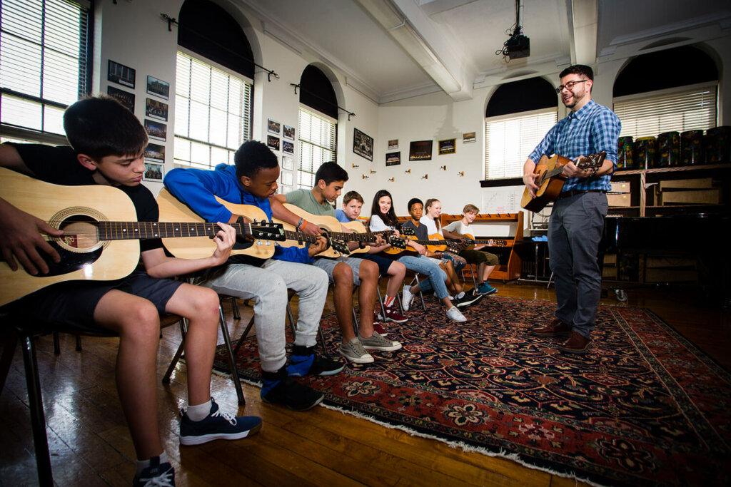 Dan Doughty middle school guitar class